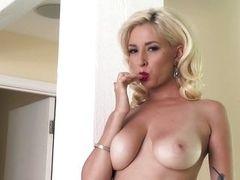 Блондинка Shay Laren жаждет спермы